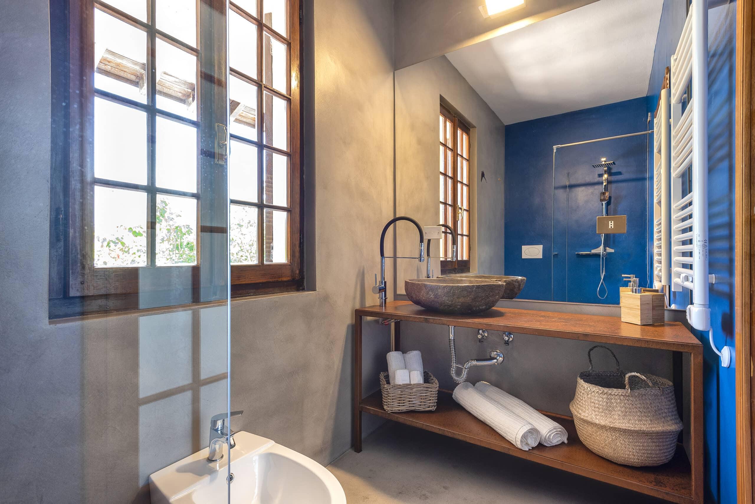 Domus 1 luxury villa bagno camera con balcone