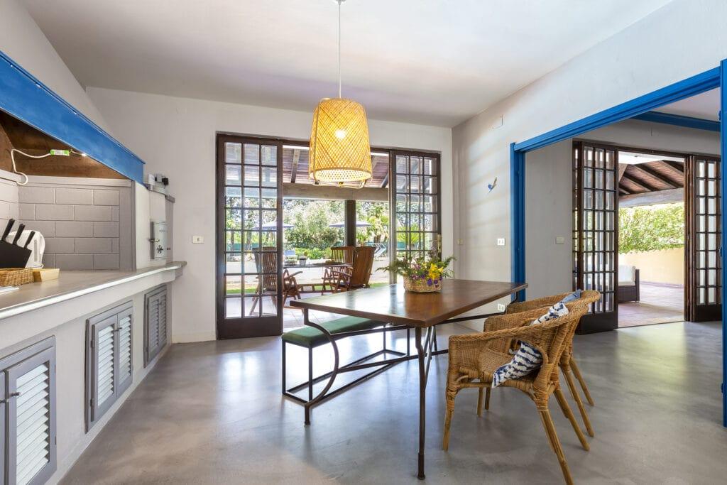 Domus 81 luxury villa cucina